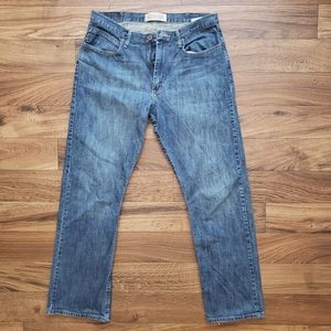 Wranglers relaxed boot cut jean 34 x 32